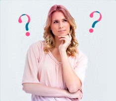 Bilde av en undrende kvinne med spørsmålstegn i bakgrunnen, bildet viser, at det er vanlig å ha mange spørsmål i forbindelse med menstruasjon, og o.b. har forsøkt å svare på de her.